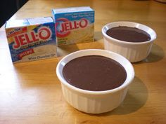 Baseline Fitness: Protein Pudding Recipe **used water instead of skim milk. A good way to satisfy the sweet tooth! Protein Desserts, Protein Shake Recipes, High Protein Snacks, Protein Foods, Whey Protein, Protein Shakes, Jello Recipes, Pudding Recipes, Low Carb Recipes