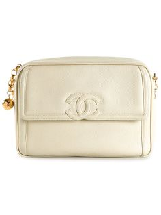 8a06607c9027 Chanel Vintage 'caviar Cc' Camera Bag - What Goes Around Comes Around -  Farfetch
