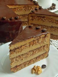 Tort orzechowy z kawą Polish Desserts, Polish Recipes, Cake Recept, Coffee And Walnut Cake, Delicious Desserts, Dessert Recipes, Different Cakes, Cake Tins, Savoury Cake