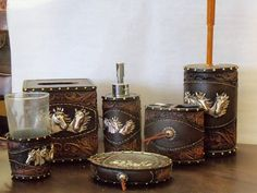 Charmant Image Detail For  RND Western Post U003e Rustic Tooled Leather W/ Horses  Bathroom Decor