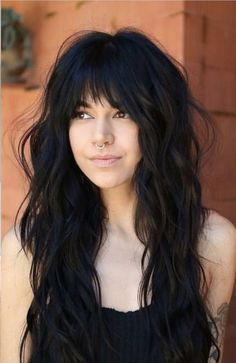 Doesn't this make you want to have bangs? #bangs #longhair #shag