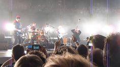 U2 antwerp sportpaleis 13/10/2015 bullet the blue sky innocence experien...