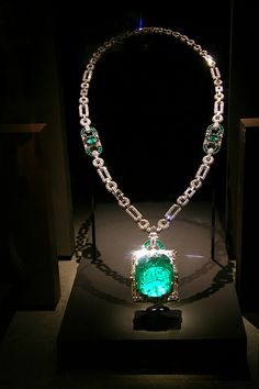 Emerald & Diamond Necklace at the Smithsonian
