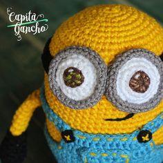 #minions, como não amar?! Disponíveis sob encomenda ----- Encomendas:  capitaganchocroche@hotmail.com ✈ Enviamos para todo o Brasil ----- #croche #crochet #artesanato #feitoamão #handmade #crochetaddict #praiadepipa #pipabrasil #amigurumi #semprecirculo  #brinquedos #crochettoy  #hakeln #ganchillo #minions