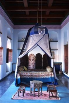 .An unforgettable & very exotic bedroom. #design