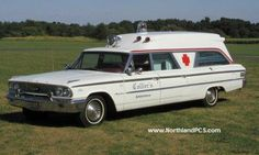 Ford Ambulance, American Ambulance, Ford Lincoln Mercury, Station Wagon Cars, Flower Car, Emergency Equipment, Rescue Vehicles, Ford Galaxie, Auto Service