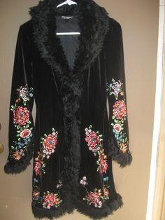 Betsey Johnson Vintage 70's Look Velvet Black Floral Embroidered Faux Fur Coat 4 #BetsyJohnsonNewYork #BasicCoat