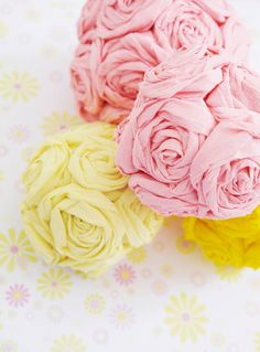 DIY Crepe Paper Flower Pomanders - perfect for wedding decor!
