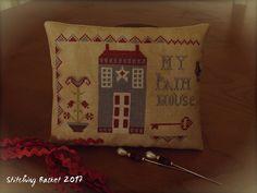 Primitive Acorns - My Prim House (Stitching Basket)