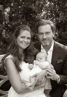 First Photo of Princess Leonore with her parents | MYROYALS &HOLLYWOOD FASHİON