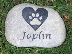 Personalized Stone Pet Memorial for Dog or Cat Pet Stone 4-5 Inch Memorial Cemetery Burial Stone Grave Marker with Paw Print in Heart