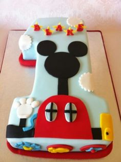 awesome 1 tier cake for Mickey party Mickey Mouse Clubhouse Birthday Party, Mickey Mouse 1st Birthday, Mickey Mouse Parties, Mickey Party, 1st Boy Birthday, First Birthday Parties, Birthday Cake, Birthday Ideas, Bolo Mickey
