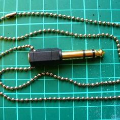 DIY Jewelry For Men- Heck, I'd wear some of these!
