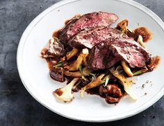Hanger Steak with Mushrooms and Red Wine Sauce