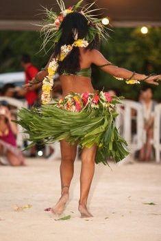 Polynesian Dance, Polynesian Culture, Tahitian Costumes, Tahitian Dance, Tahiti Nui, Hula Skirt, Tiki Room, Hawaiian Islands, French Polynesia