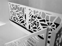 Scari interioare moderne - Traforate.ro Laser Cut Panels, Modern Stairs, Grill Design, Facade Architecture, Modern Design, Stair Case, Metal, Boho, Furniture