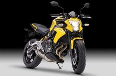 ¿Buscas accesorios para tu Kawasaki ER6N 2012?