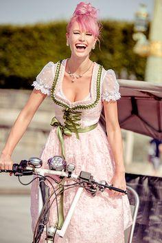 :: Crafty :: Sew :: Clothing 3 :: silk & pearls / Trachtenmode & Designerdirndl