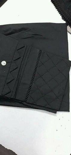 Kurti Sleeves Design, Sleeves Designs For Dresses, Dress Neck Designs, Sleeve Designs, Pakistani Fashion Casual, Pakistani Dresses Casual, Pakistani Dress Design, Pakistani Gowns, Stylish Dress Book