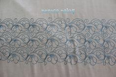 Monoray kumaşa ipekle sapişi uygulanarak masa örtüsü olarak yapıldı...