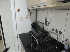 Cozinha -  Projeto: Sergio R. Pereira Designer de Interiores Fone: (11) 95475-7897 projeto@sergiorpereira.com.br