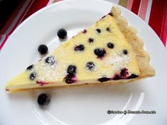 Tartă cu cremă de brânză şi afine Baby Food Recipes, Cake Recipes, Healthy Recipes, Food Cakes, Cheesecake, Deserts, Good Food, Food And Drink, Pudding