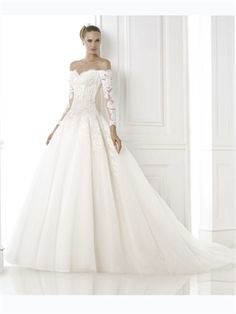WOW. 2015 White Ball Gowns Sweetheart Long Sleeves Zipper Lace Tulle Wedding Dresses Bridal Gowns AWD420414