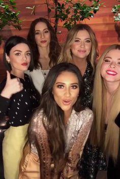 Pretty Little Liars cast on Ellen