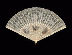 Lace fan, 1790–1810, England or France  - in the Museum of Fine Arts Boston.