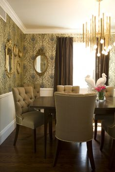 vanessa de vargas, turquoise interior design firm, dining room, upholstered chairs, wallpaper