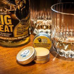 """Cire à Moustache """"Big Peat"""" - Captain Fawcett Une cire à Moustache fixante à base de cire d'abeille conçue à base du célèbre Whisky écossais  """"Big Peat"""""""