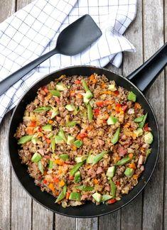 Paella, Pesto, Quinoa, Bacon, Curry, Ethnic Recipes, Food, Bulgur, Curries