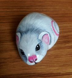 Hand painted rock mouse by Cobblecreatures on Etsy, £8.00