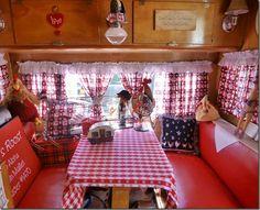 45 Popular Camper Van Interior Decor Ideas - About-Ruth Vintage Campers Trailers, Retro Campers, Camper Trailers, Camper Van, Happy Campers, Trailer Interior, Campervan Interior, Motorhome, Banquette
