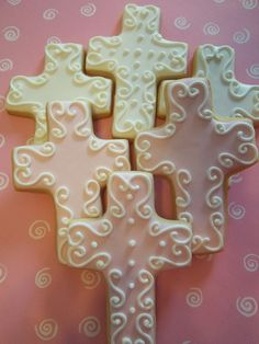 Cross Cookies ~ would be so pretty for Easter