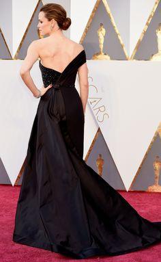 JENNIFER GARNER in Atelier Versace - 2016 Oscars