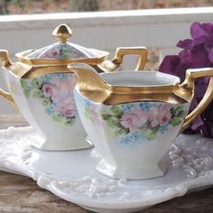 Antique China, Vintage China, Fancy Tea Cups, Tea And Crumpets, Amazing Shopping, Tea Art, Sugar Bowl, Really Cool Stuff, Dishes