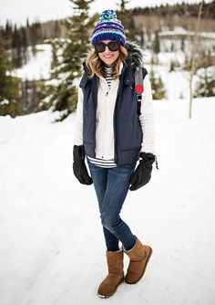 The 3 Stylish Snow Essentials You Need (Hello Fashion) - Winter Outfits Winter Mode Outfits, Winter Outfits Women, Winter Fashion Outfits, Holiday Outfits, Look Fashion, Autumn Winter Fashion, Ski Outfits, Maternity Outfits, Winter Snow Outfits