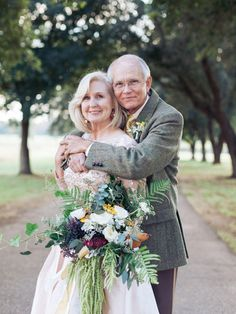 This Rustic Anniversary Vow Renewal. Sweet couple's gorgeous vow renewal, photographed on their Louisiana farm by their granddaughter. Wedding Anniversary Photos, Anniversary Photography, Wedding Photography Poses, Wedding Poses, 50th Anniversary, Wedding Couples, Friend Photography, Couple Photography, Photography Ideas