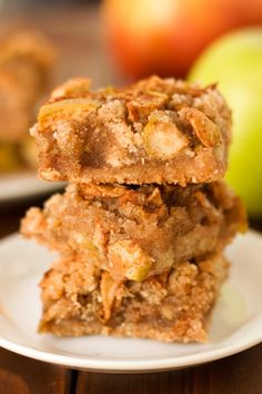 These Gluten Free Apple Pie Bars are so delicious! You'd never know they were vegan and grain free.