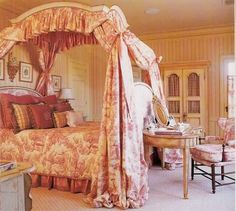 Toile girls bedroom - definitely wanting to do this for my little girl some day :)