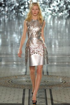 Giles RTW Spring 2012 CLICK THIS PIN if you want to learn how you can EARN MONEY while surfing on Pinterest
