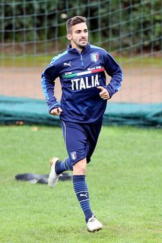 Vittorio Parigini of Italy during a training session at Coverciano on November 22, 2016 in Florence, Italy.