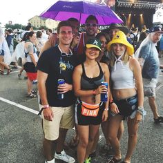 || You can stand under my umbrella...ella...ella...eh. When @FPSF issues an evacuation order right before @thechainsmokers go on you hunker down and wait it out. [A] #OUTINON #Chainsmokers #FPSF