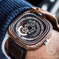 A closer picture of the new SevenFriday P3/2 Riviera. Canadian wood outer case, grey dial and no termites.LiveFeed