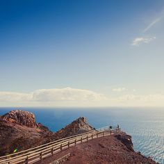 Mirador Faro de #Entallada - #Fuerteventura - #IslasCanarias Costa, Paradise On Earth, Canario, Canary Islands, Spain Travel, Wonders Of The World, Spanish, Places To Visit, Hiking