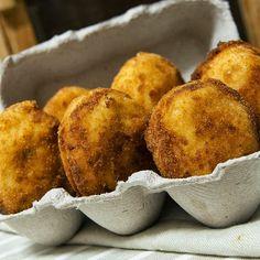 Huevos empanados con bechamel y queso #recetas #gastronomia