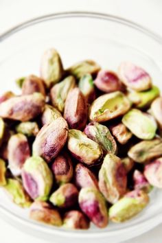 Istanbul Food Walks: shelled pistachios