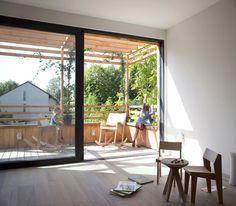 modern-eco-wooden-outstandingroof-house (23)