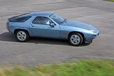Porsche S, GT, GTS in der Kaufberatung: Wartung ist das A und O Porsche 928, Auto Motor Sport, Sport Cars, Audi, Mercedes 500, Porsche Sports Car, Gt Cars, Best Classic Cars, Cool Cars